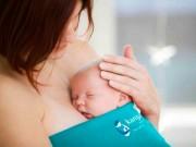 """""""Da kề da"""" là phương pháp bổ sung giúp hạ sốt ở trẻ em. Mẹ đã biết chưa?"""