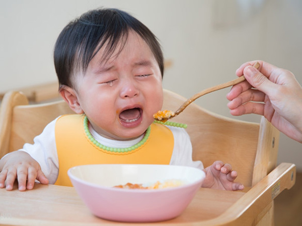 Cách chăm sóc trẻ suy dinh dưỡng để bé tăng cân đều đều