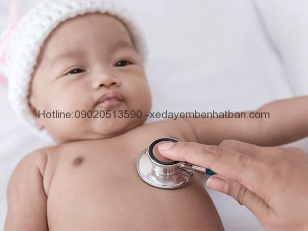 Bảo hiểm sức khỏe giúp giảm gánh nặng chăm sóc trẻ sơ sinh