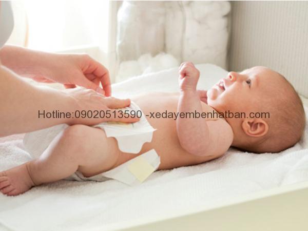 Cẩn thận chứng tiêu chảy ở trẻ sơ sinh