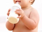 Ăn ngay đậu phộng khi chon con bú để giảm nguy cơ trẻ bị dị ứng