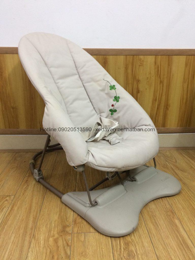 Ghế rung ghế nhúng Combi thanh lý 10