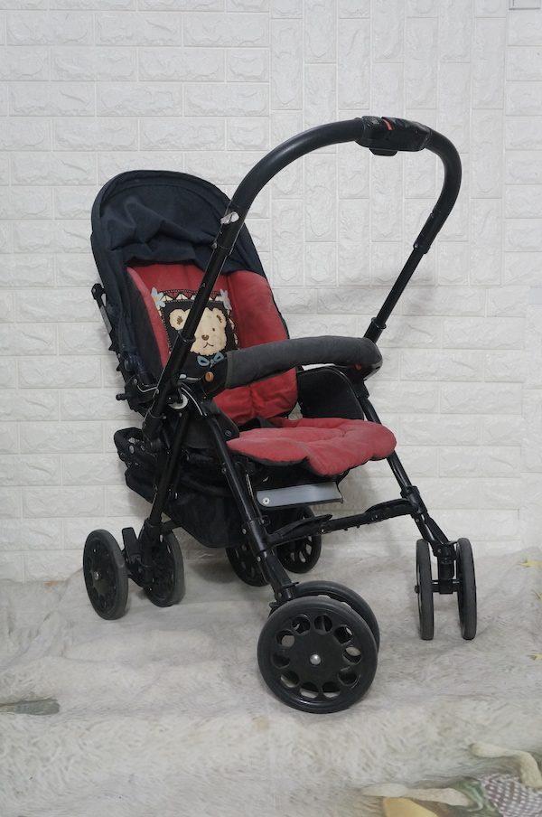 Xe đẩy em bé Nhật Aprica đã qua sử dụng 1