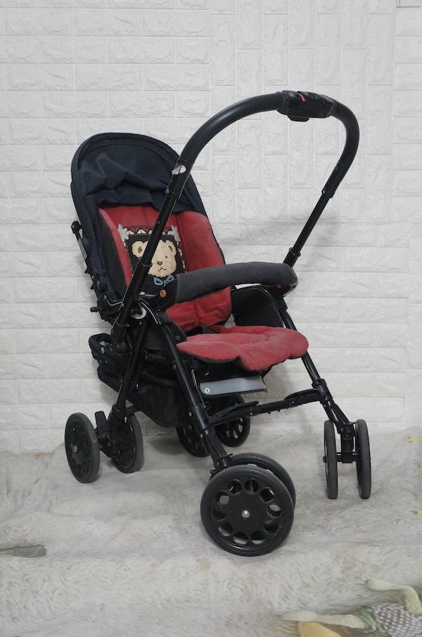 Xe đẩy em bé Nhật Aprica đã qua sử dụng 2