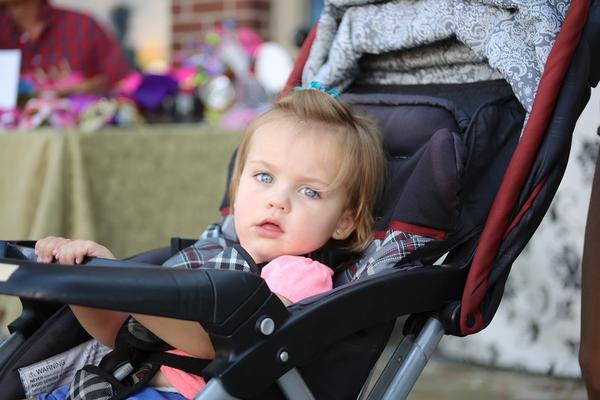 Những lợi ích khi mua xe đẩy trẻ em cũ 6
