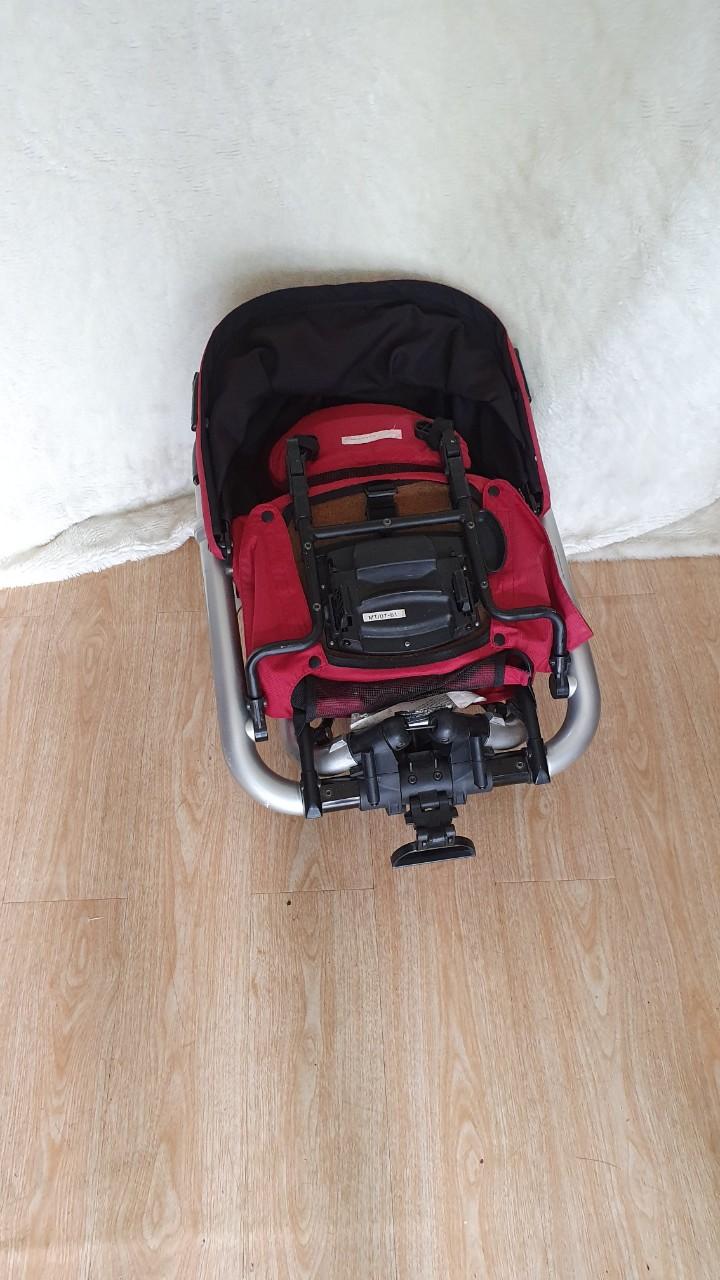 Xe đẩy du lịch gấp gọn cho bé 25kg 6
