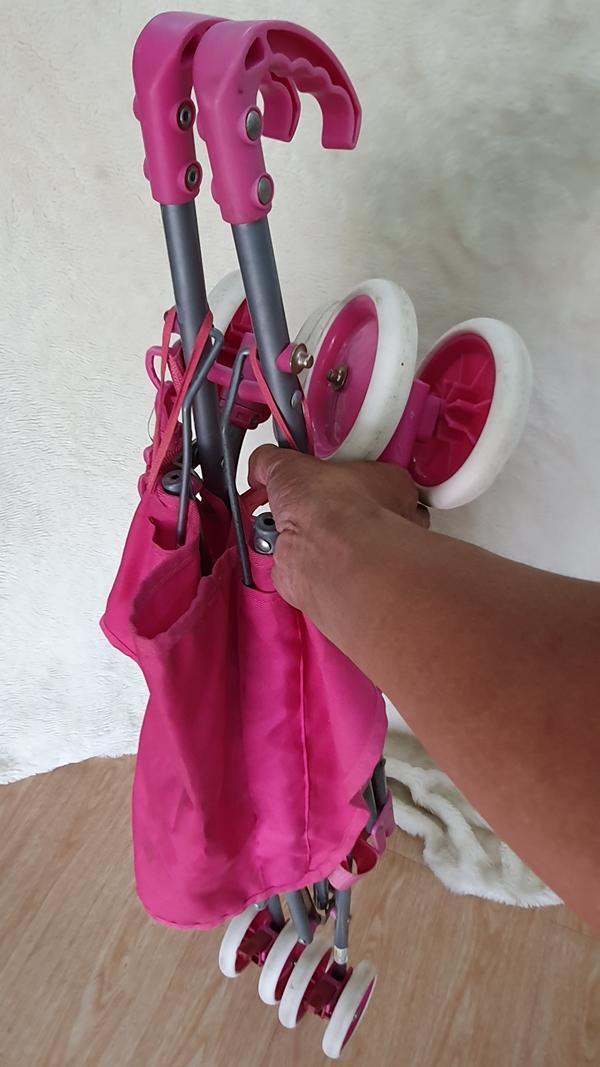 Xe đẩy du lịch màu hồng dễ thương 2