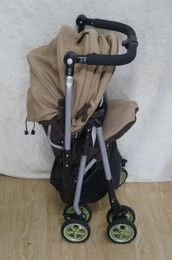 Xe đẩy em bé Aprica Biscuit Socola thanh lý 2