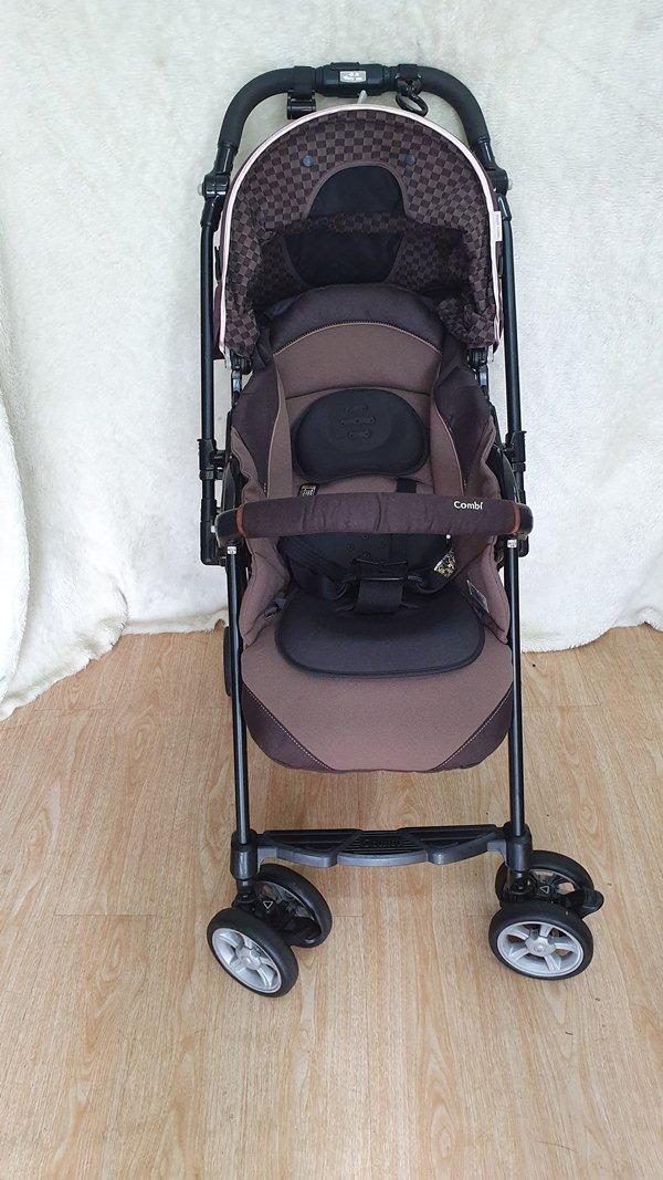 Xe đẩy trẻ em Combi Diaclass auto thanh lý 4