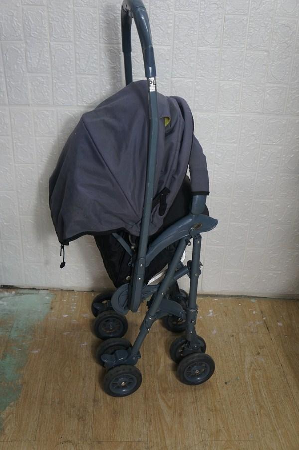 Thanh lý xe đẩy Aprica 2 chiều nhẹ 4