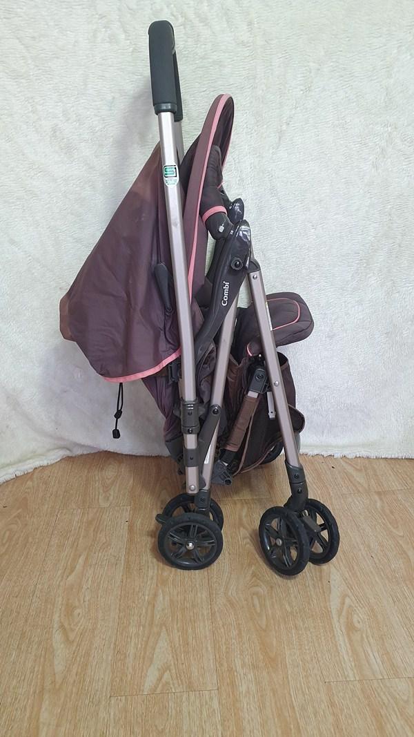 Báo giá xe đẩy em bé Combi thanh lý tháng 9 1