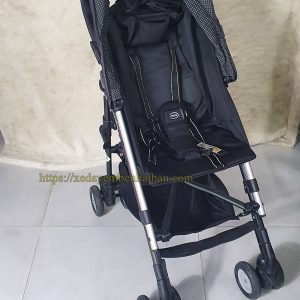 Xe đẩy em bé Aprica Stick thanh lý màu đen đẹp