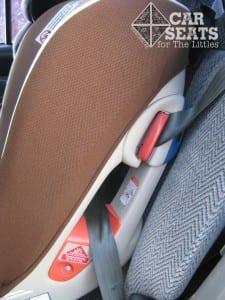 Review và hướng dẫn ghế ngồi ô tô Combi Coccoro 6