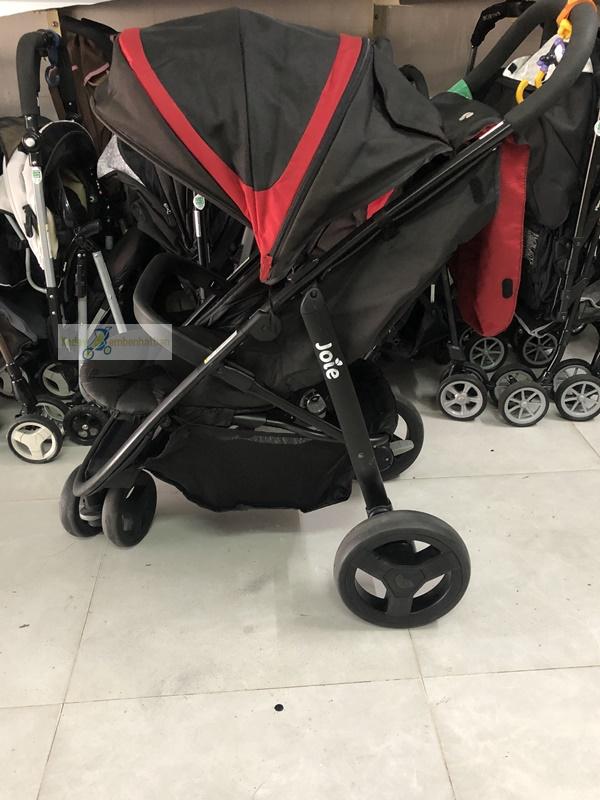 Xe đẩy cho bé nặng cân 2