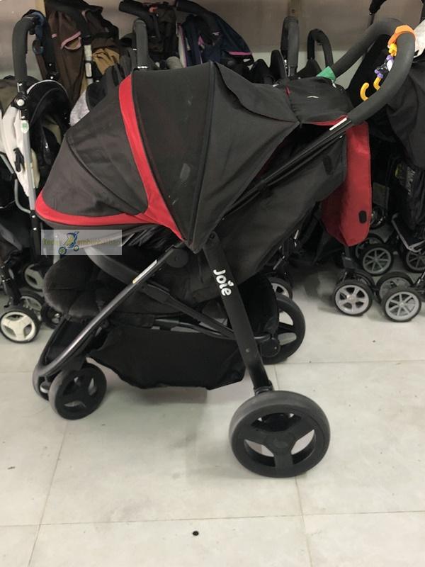 Xe đẩy cho bé nặng cân 3