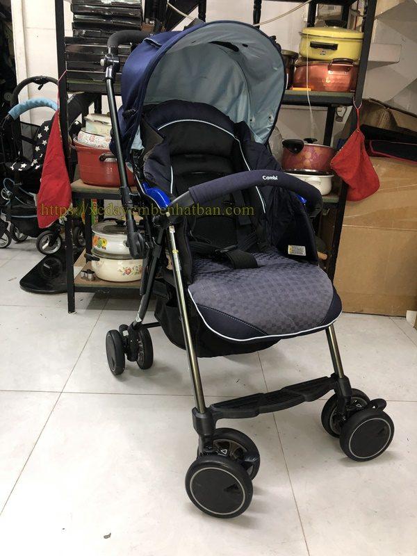 Xe đẩy em bé Combi Diaclasse xanh thanh lý 1
