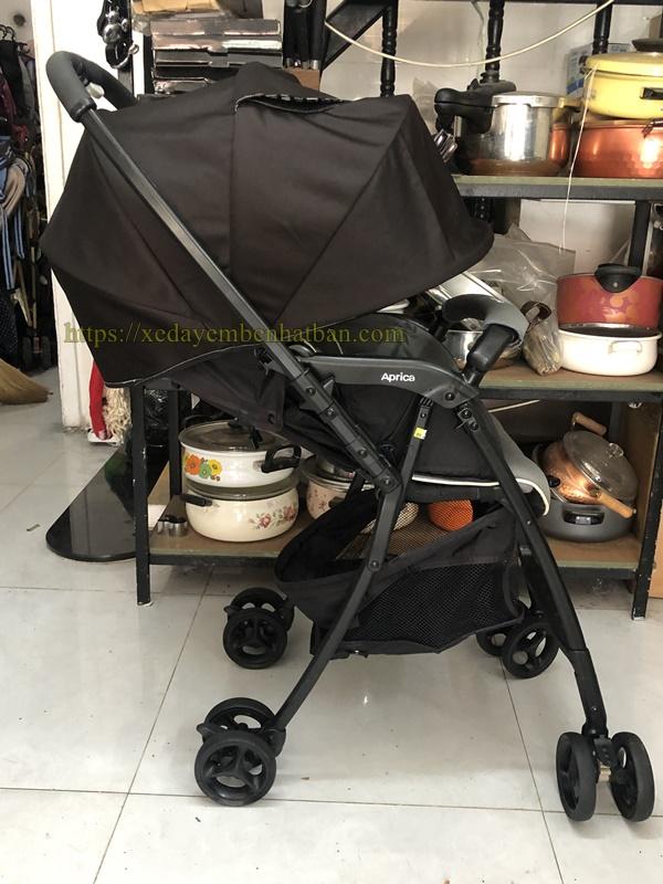 Xe đẩy em bé thanh lý Aprica Karon Air thanh lý 5