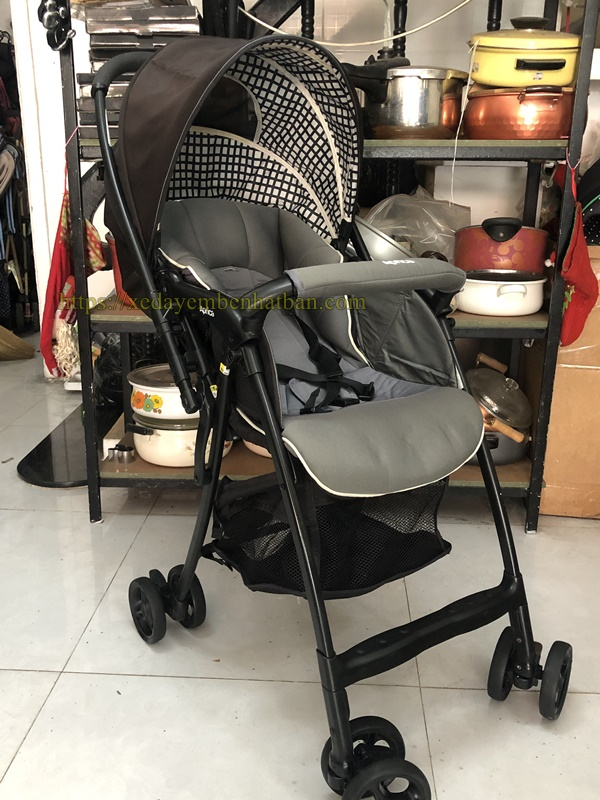 Xe đẩy em bé thanh lý Aprica Karon Air thanh lý 1