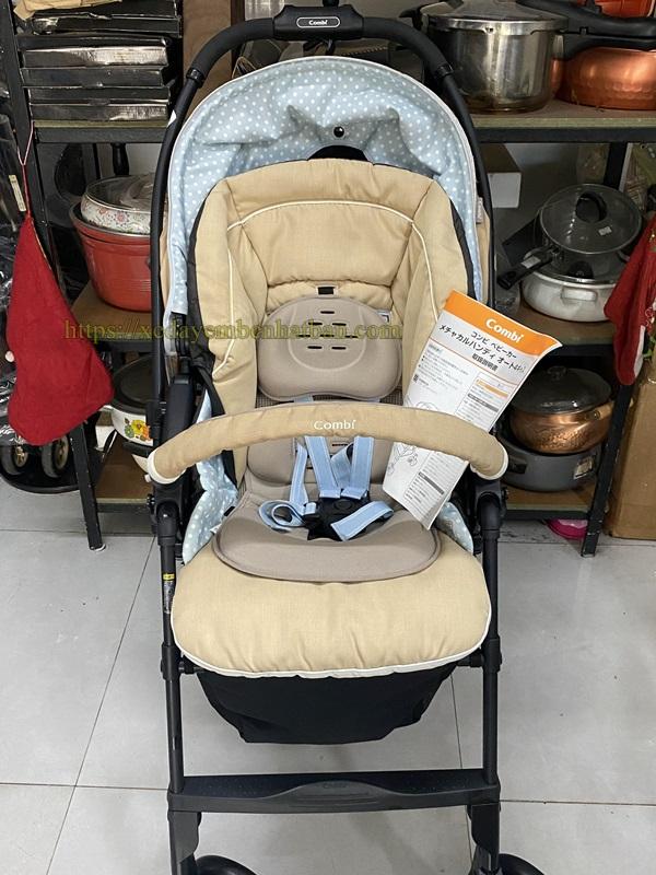 Xe đẩy em bé Combi Mechacal Handy 4cas giá tốt 5