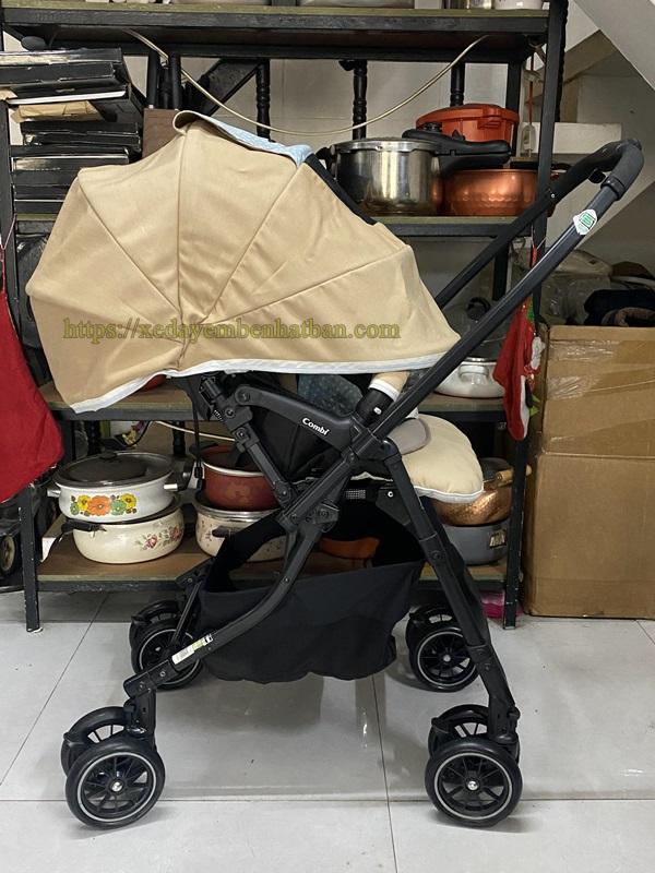Xe đẩy em bé Combi Mechacal Handy 4cas giá tốt 7