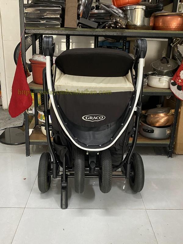 Xe đẩy cho bé nặng cân 4