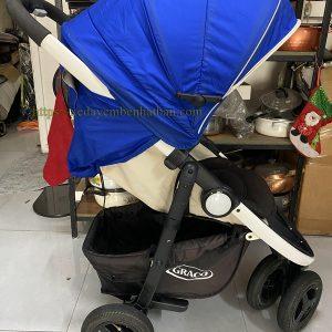 Xe đẩy cho bé nặng cân