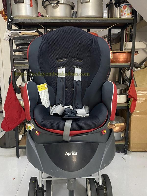 Ghế ngồi oto Aprica 360 độ thanh lý 1