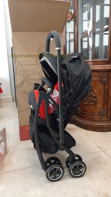 Xe đẩy em bé Aprica Luxuna Comfort - Đỏ đen 8