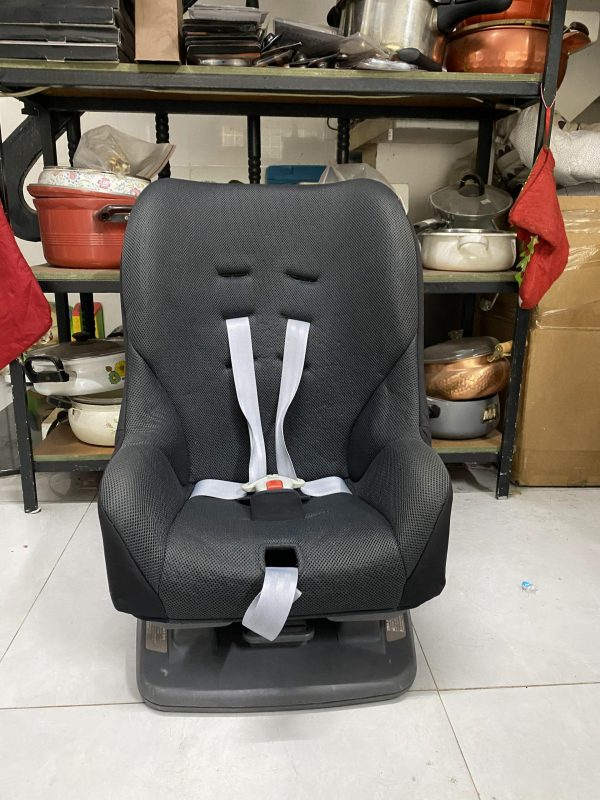 Ghế ngồi oto thanh lý giá rẻ cho bé 2