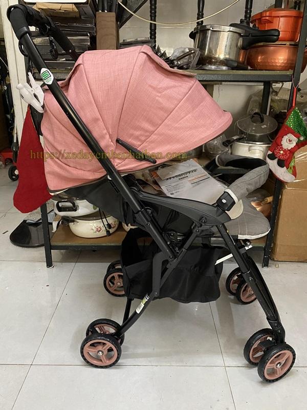 Xe đẩy trẻ em thanh lý Combi Mechacal Handy 2