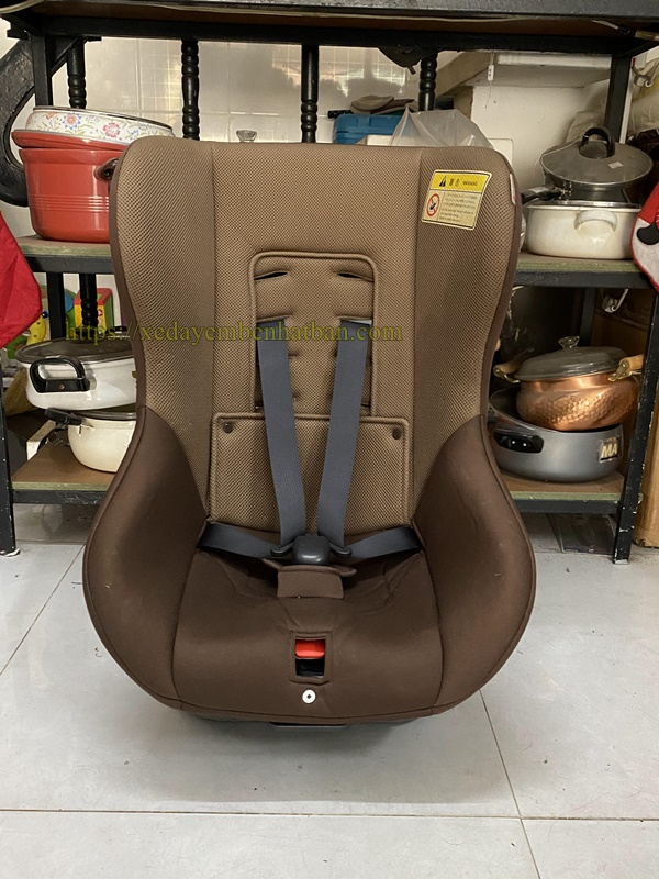 Ghế ngồi em bé Takata thanh lý 5