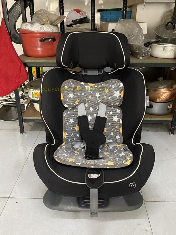 Ghế ngồi oto cho bé Ailebebe Nhật Bản thanh lý 1