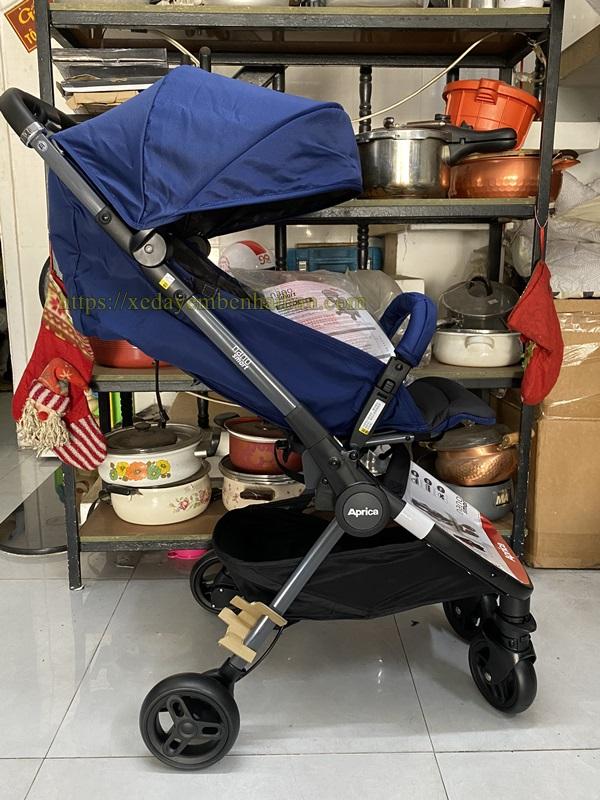 Cho thuê xe đẩy em bé du lịch Tphcm 2